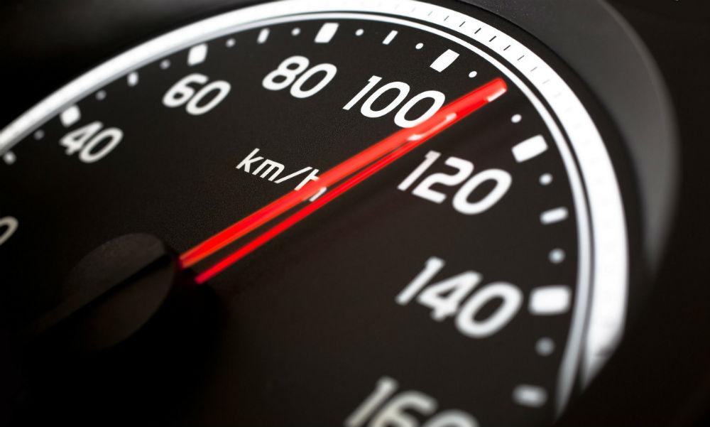 Cinco riesgos de conducir con exceso de velocidad
