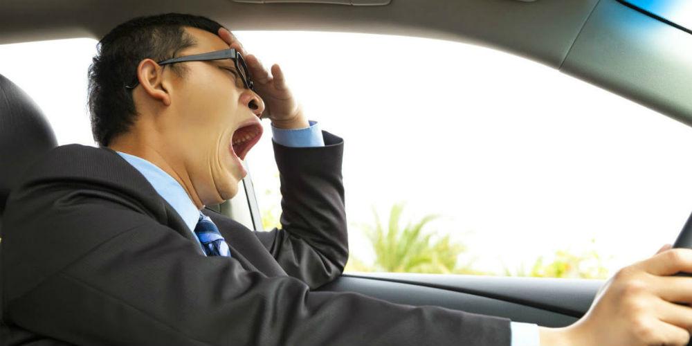 Riesgos de manejar cansado, seguro QRK
